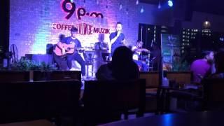 Quỳnh (Hồ Quỳnh Hương) Live Coffee Guitar Muzik cover