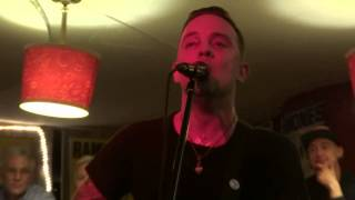 Dave Hause   Pray for Tucson live Ramonesmuseum Berlin