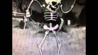 Skinny Girls In The Club Be Like ... #mashup #loop #dancing #twerk #skeleton...
