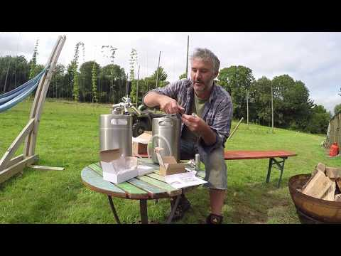 5L Mini Keg Home Brew Draught System With CO2 Dispenser