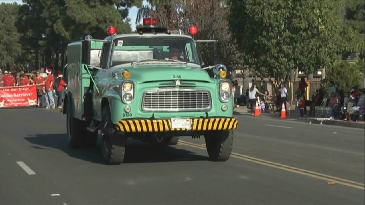 Escondido Christmas Parade 2019 2017 Escondido Jaycees Christmas Parade   YouTube