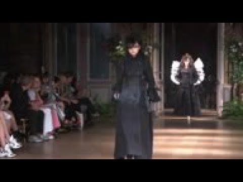 Viktor and Rolf channel 'spiritual glamor'