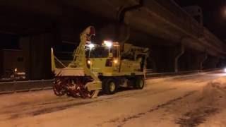 日本除雪機製作所HTR263L拡幅除雪作業風景