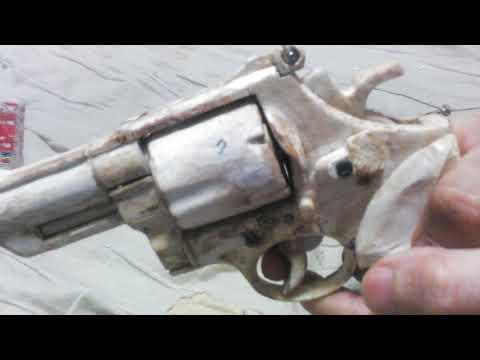 完全手作りペーパーガンCompletely handmade Paper gun Paper revolver