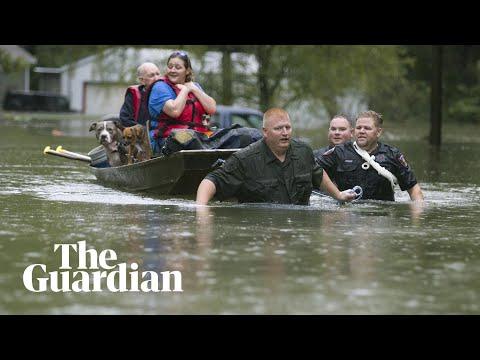 Yoboiivan - Storm Imelda lashes Texas with 'life-threatening' amounts of rainfall.