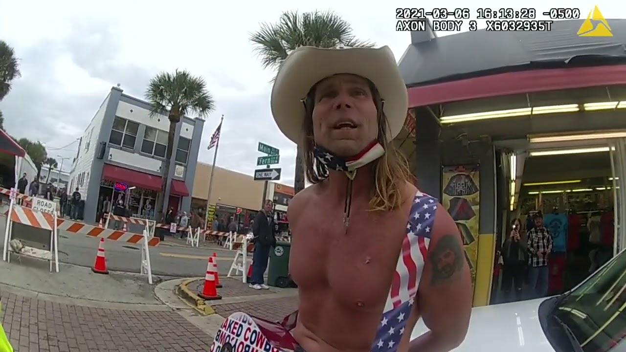 Moncks Corner man arrested after naked beach fight in