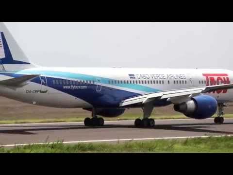 BOEING 757 200 D4CBP