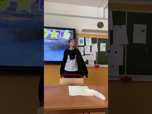 Изображение предпросмотра прочтения – ДарьяМолькова читает отрывок изпроизведения «Мертвые души. Эх, тройка, птица тройка!» Н.В.Гоголя