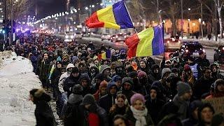 Румыния  протесты против планов правительства выпустить из тюрем коррупционеров