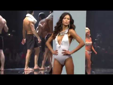 Calzedonia Summer Show 2018 Timeless White