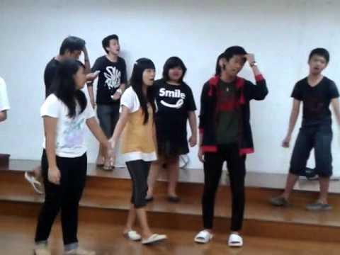 Kairos Choir - Don't Stop Believing 1 (Latihan)