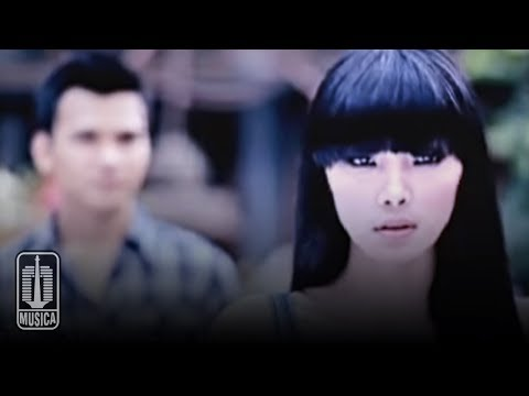 Kahitna - Aku Punya Hati (Official Video)