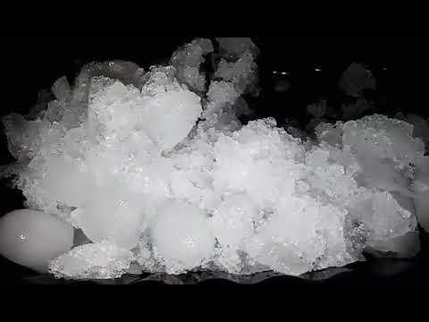 ❄😋Crushed igloo ice with whole igloo ice eating