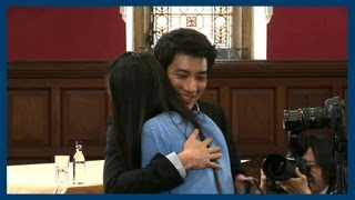 Leehom Gets Some Cookies | Wang Leehom | Oxford Union