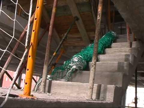 Sistema integral de protecci n de escaleras red tipo - Proteccion para escaleras ...