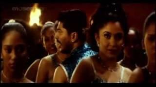 Ayyo Pathikuchu Pathikuchu - Rhythm Tamil Song - Ramya Krishnan Hot