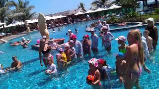 The Sailing Bay Милана участвует в детская анимация на воде