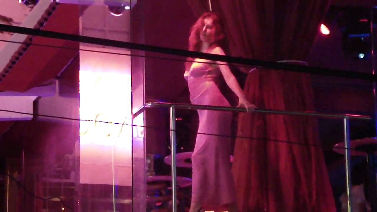 Russian Bar Girl In Walking Street Pattaya Youtube