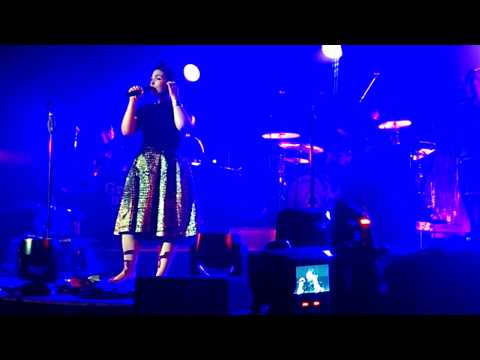 Caro Emerald - Dream a Little Dream of Me.  London 02, 17 October 2014