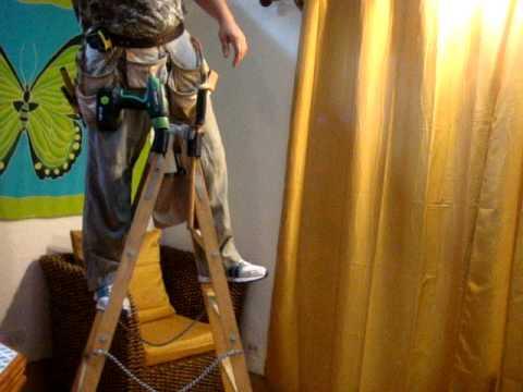 Выполнена из стального профиля с алюминиевыми ступенями. Деревянная стремянка из бука сдр-6 (венге) количество ступеней: 6 шт. Общая высота: 167 см. Высота рабочей площадки: 120 см максимальная нагрузка: 150 кг. , ширина: 45 см. , вес: 12 кг. 14000 р. Купить. Стремянка деревянная 6 ступеней.