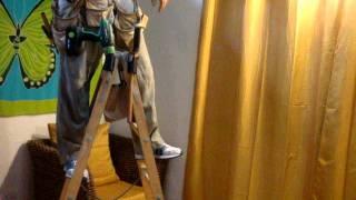 Деревянная самодельная лестница стремянка
