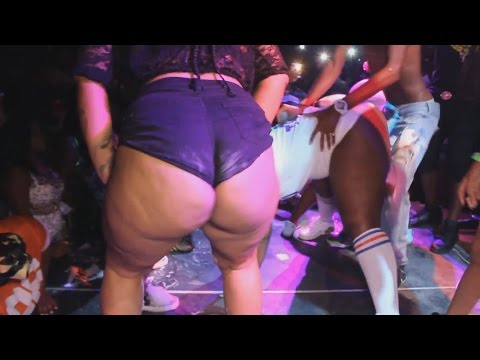 """ST LUCIA'S VERY OWN """" MOTTO """" CRAZY LIVE PERFORMANCE IN TORONTO CANADA ( FOAM PARTY )"""