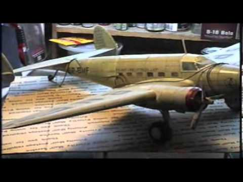 Builds of the past Lockheed electra L 14 Paper model
