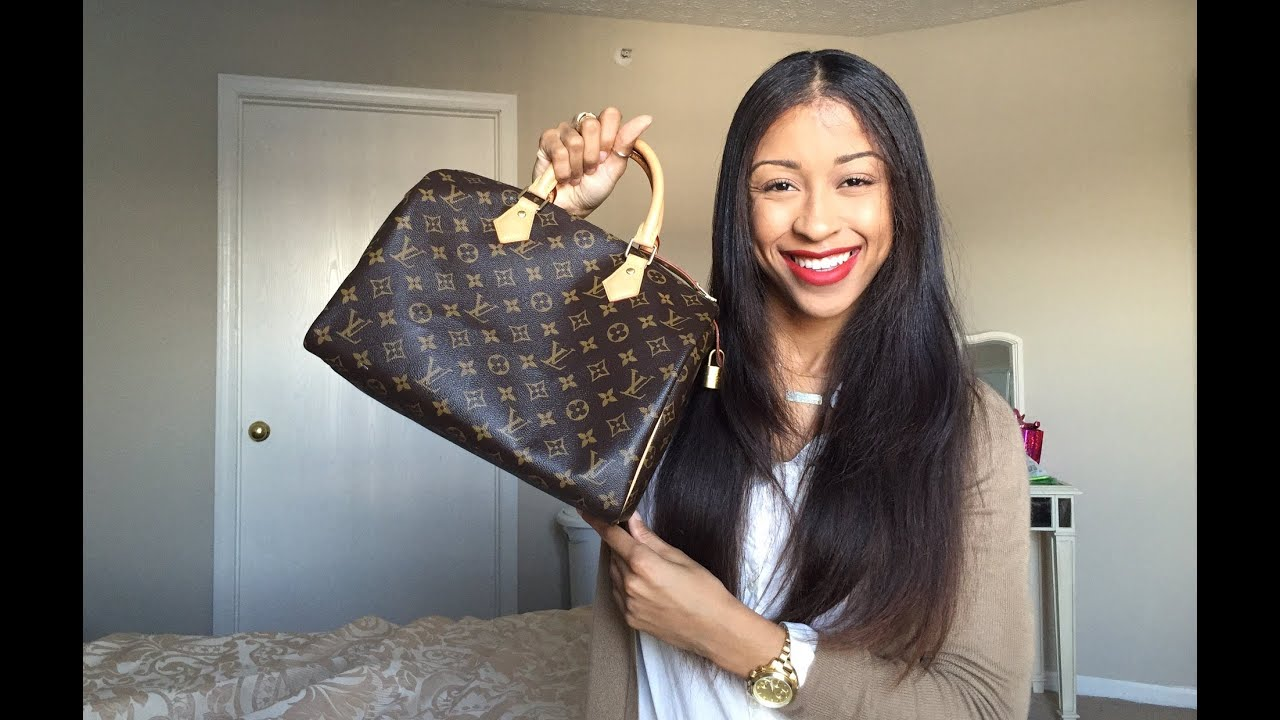 54c1f67e205c What s In My Bag  Louis Vuitton Speedy 30 + Review - YouTube
