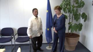 Commissioner Kristalina GEORGIEVA receives Jejomar C. BINAY, Vice-President of the Philippines: