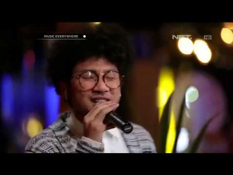 Kunto Aji - Mata Indah Bola Ping-pong - Tribute to Iwan Fals (Live at Music Everywhere) **