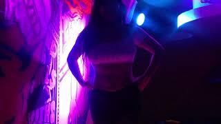 Repeat youtube video Paola Andrea Sexy Striptease en Viper Lounge Cali Colombia