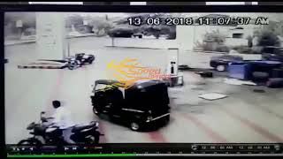 Car Accident | Accident in Rajkot near Atmiya College