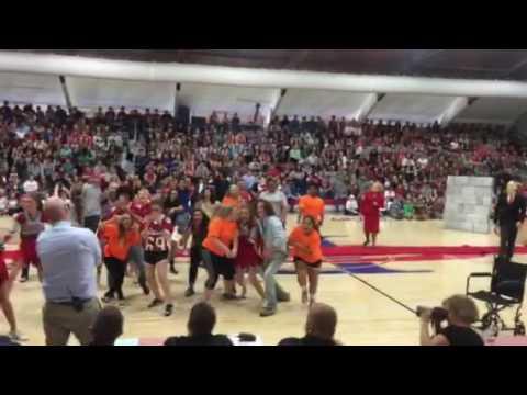 Paragould High School Senior Homecoming Skit 2016