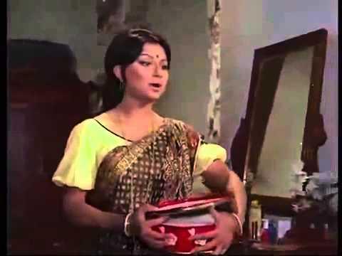 Bada natkhat hai krishna kanhaiya full Amar Prem by SERAJ