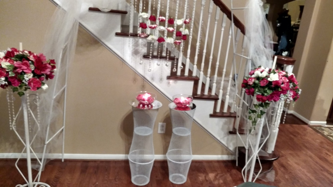 How To Make Diy Lighted Wedding Columns.Diy Dollar Tree Wedding Pedestals