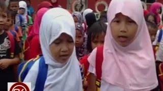 24 Oras: Incoming Grade 1 pupils sa mga lugar na ipit sa bakbakan, hinandugan ng school supplies