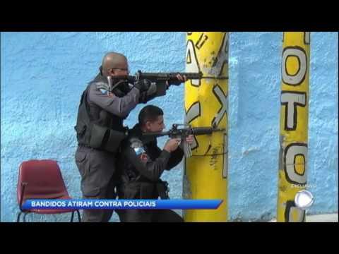 Polícia e traficantes trocam tiros no Rio de Janeiro