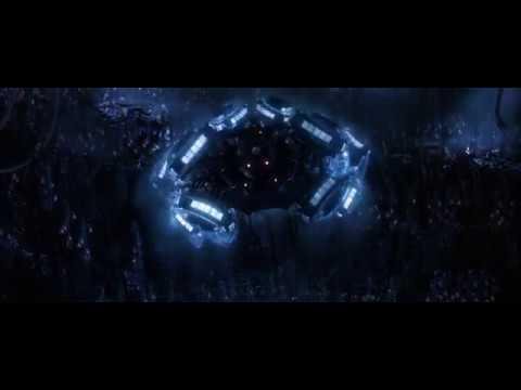 Матрица: Революция – Нео и Тринити летят в город машин [1080p]
