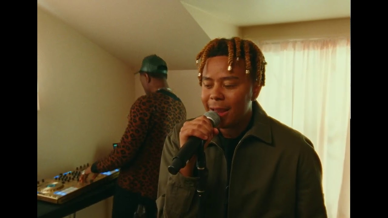 "Cordae performs ""Thousand Words"" Live on the Honda Stage"