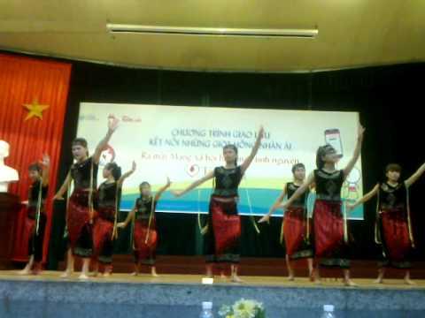 """bài múa """"Niềm vui của em"""" CLB Máu Cao Sư Mẫu_10 /05/ 2015"""