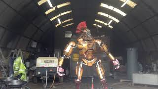 Hand made moving robot, from scrap, Midas from real steel film. Daddythemoviemaker