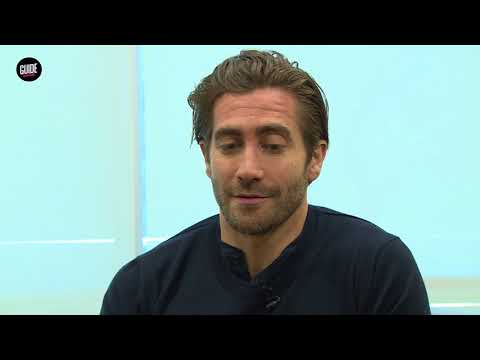 "Actor Jake Gyllenhaal portrays Boston Marathon bombing survivor in ""Stronger"""