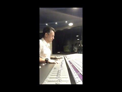 Rick Bonadio mixando a música Era uma vez - Kell Smith