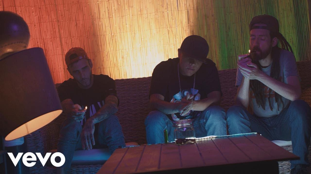 Download C-Kan & Pipo Ti - Fumo Mota ft. Fyahbwoy