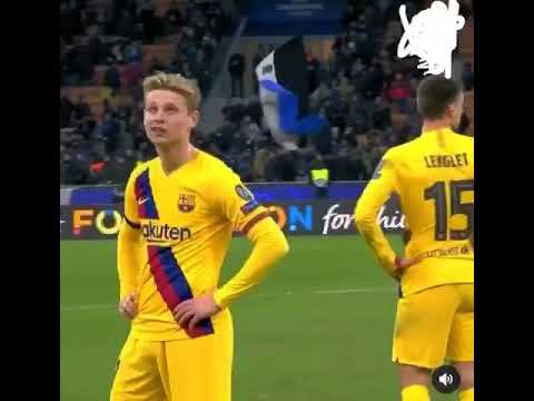 Frenkie De Jong's reaction to learning that Ajax are knocked out of the Champions League