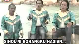 Lagu Batak Terbaik - Dang Tarbolus Au Ito by Trio Santana