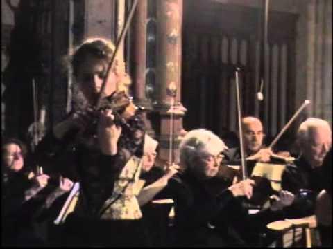 Caroline Adomeit Brahms violin concerto