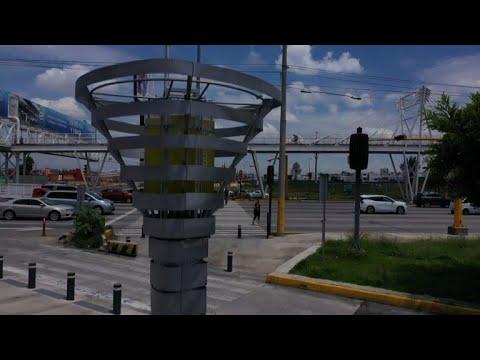 Mexico installe des 'arbres robots' contre la pollution | AFP News