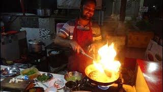 Indian Street Food: Special Veg Keshriya + Butter Chapati at Kesaria Punjabi Chhola Bhature Centre.