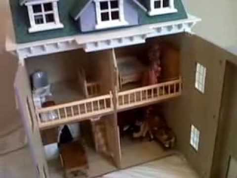 Hickleton Collectors Dolls House